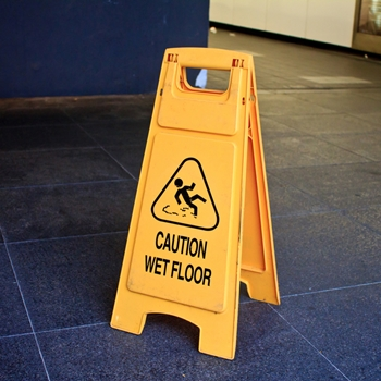 Behind the scenes of retail: Keeping your store tidy and clean