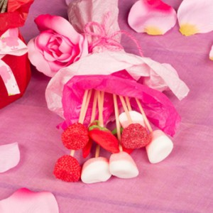 Eye-catching end cap displays for Valentine's Day