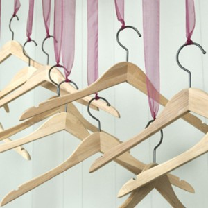 The best hangers for different types of fabric