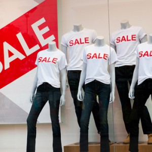 How to turn a profit during your summer clearance event