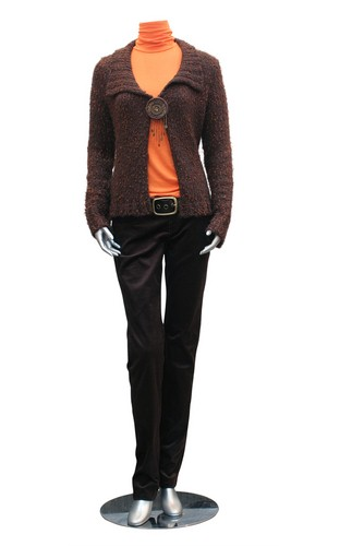 Make mannequins speak to your audience