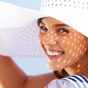 Showcase floppy beach hats on coordinated neck blocks