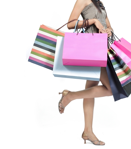 Retail sales show growth, bring optimism