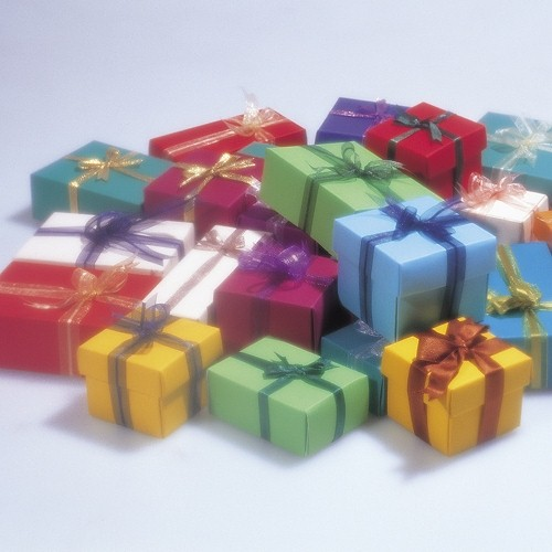 To gift wrap or not to gift wrap – that is the question